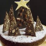 La torta con la foresta d'alberi di Natale