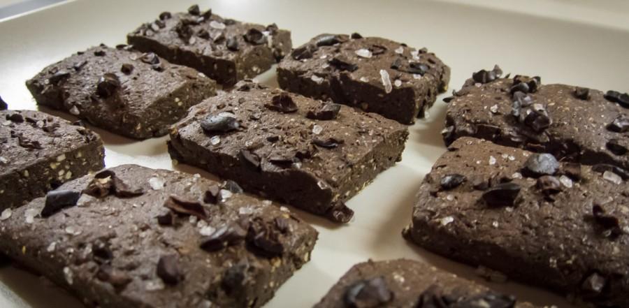 Biscotti salati all'olio d'oliva, cioccolato e cacao
